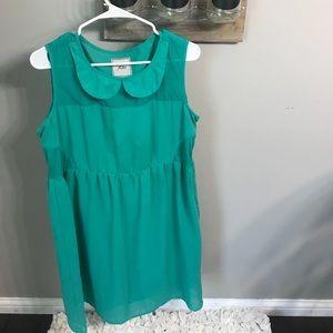Dresses & Skirts - Green flutter size 12 dress
